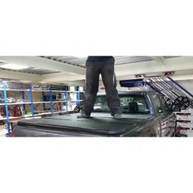 Couvre benne rigide pliable 3 parties Toyota Hilux Revo en Double Cabine à partir de 2016